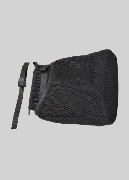 Side pouch